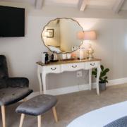 rooms accommodation banhoek stellenbosch